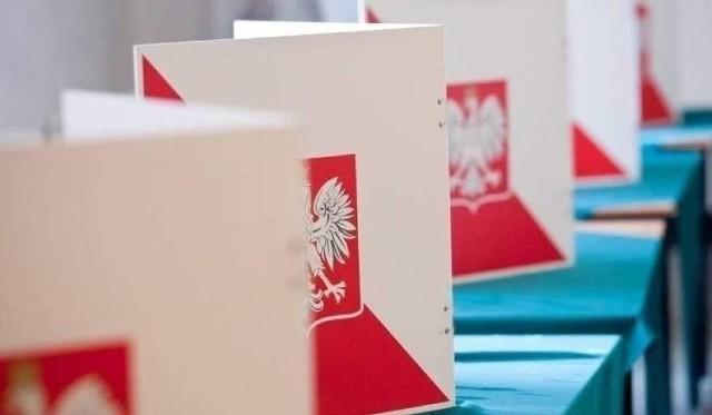 Jedyna oficjalna i znana Polakom data wyborów prezydenckich to 10 maja. Zegar tyka, to już za cztery dni. Szef Państwowej Komisji Wyborczej Sylwester Marciniak oznajmił jednak, że w tym dniu wyborów zorganizować się nie da.