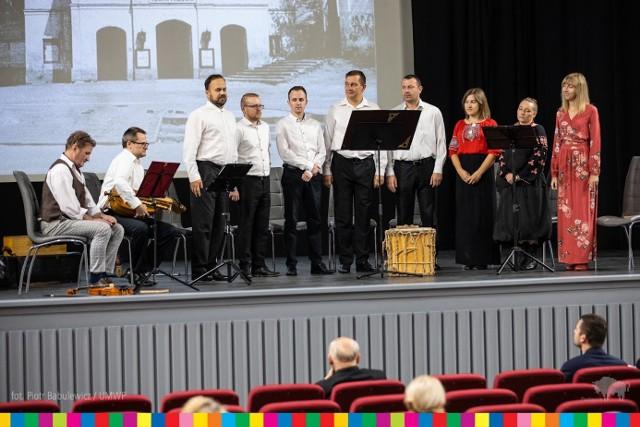 Dzisiaj (17 września) Klub Sztuki Filmowej i Teatralnej zainaugurował swoją działalność.