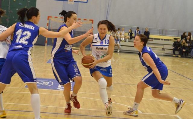 Agata Gajda, koszykarka PTK,  w pierwszym meczu z AZS zdobyła 23 punkty