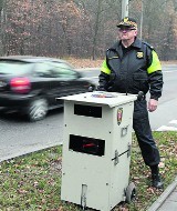 Policja zasypana zdjęciami wykroczeń z fotoradarów