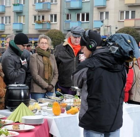 W czasie programu można było zobaczyć między innymi obrazki z gotowania przysmaków na gorzowskim Starym Rynku.