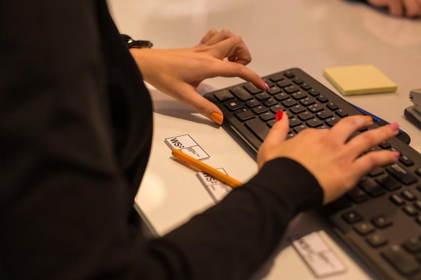Ochrona przed cyberzagrożeniami, zakup polis w pakiecie – trendy w ubezpieczeniach dla MŚP