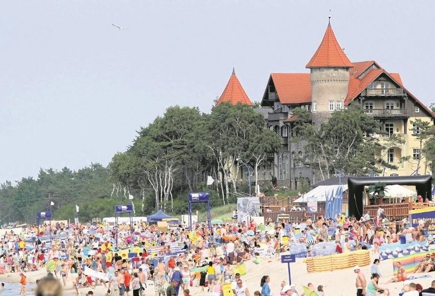 Tereny plażowe w Łebie stanowią cenny kąsek dla wielu...