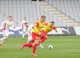 Fortuna 1 Liga. Korona Kielce znowu zawiodła. Przegrała z Sandecją Nowy Sącz 1:2. A miała być rehabilitacja za klęskę z Bruk-Betem...