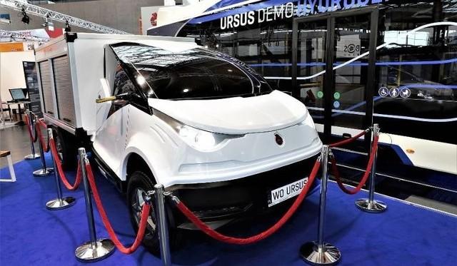 Elvi. Kiedy rząd postawił na wspieranie branży aut elektrycznych, Ursus od razu chciał wykorzystać okazję. Przedstawił prototyp elektrycznego dosatwczaka. Jednak elvi pozostał tylko prototypem.