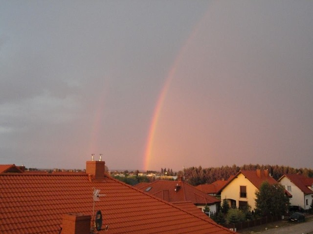 Obraz po poniedziałkowej burzy nad Poznaniem widziany z Rokietnicy