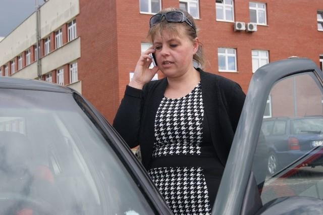 Lucyna Jamróz z Niedźwiedzia (powiat wąbrzeski),  nie pozwoliła by pijany lekarz zajął się jej bliską. Wezwała policję. Medyk miał 3 promile!