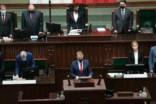 29. posiedzenie Sejmu poświęcone m.in. Funduszowi Odbudowy i ratyfikacji decyzji UE
