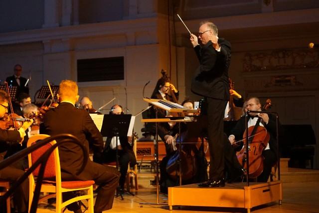 Orkiestra Collegium F pod batutą Marcina Sompolińskiego