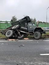 Wypadek dwóch ciężarówek na Obwodnicy Trójmiasta. 8.10.2020 r. 3 osoby ranne, poważne utrudnienia drogowe