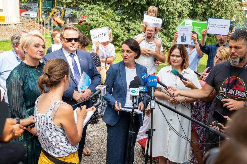 Kurniki w Kruszynianach. Decyzja ma być jeszcze w lipcu. Czy park krajobrazowy uratuje tatarską wieś?