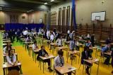 Egzamin ósmoklasisty 2021. Zasady, terminy i harmonogram egzaminów. To kolejny egzamin w reżimie sanitarnym
