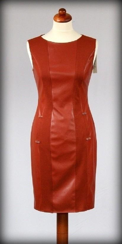 8256638229 Sukienki dla pań w każdym wieku (artykuł reklamowy)