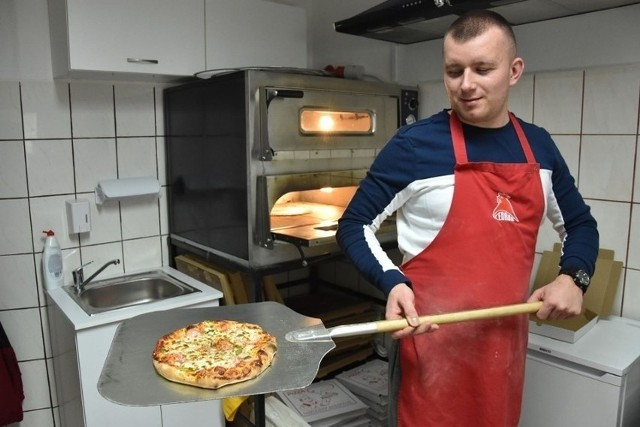 Zastanawiasz się, gdzie w Tarnobrzegu zjesz najlepszą pizzę? Te lokale polecają użytkownicy Google