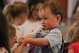 Czy posyłać zakatarzone dziecko do przedszkola? Co zrobić przy pierwszych objawach przeziębienia?