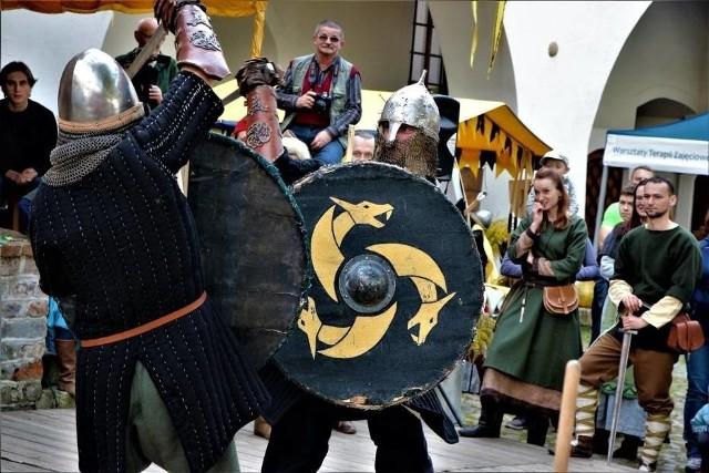 Turniej Rycerski o Pierścień Księżnej Jadwigi Śląskiej w Krośnie Odrzańskim każdego roku przyciąga rzesze widzów z całego regionu.