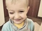 Mały Adaś ze Stromca potrzebuje naszej pomocy! Operacja już za kilka tygodni, ale brakuje na nią pieniędzy. Możesz włączyć się do zbiórki