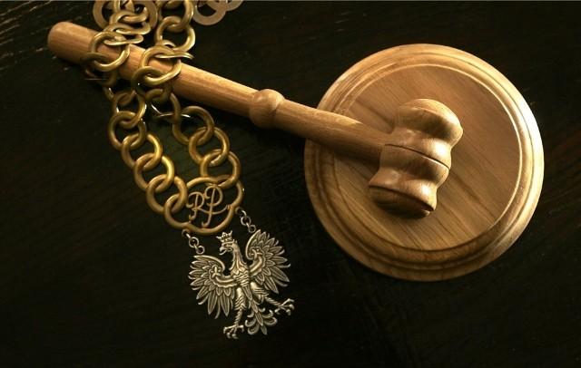 68-latek chce kary za zabicie żony/zdjęcie ilustracyjne