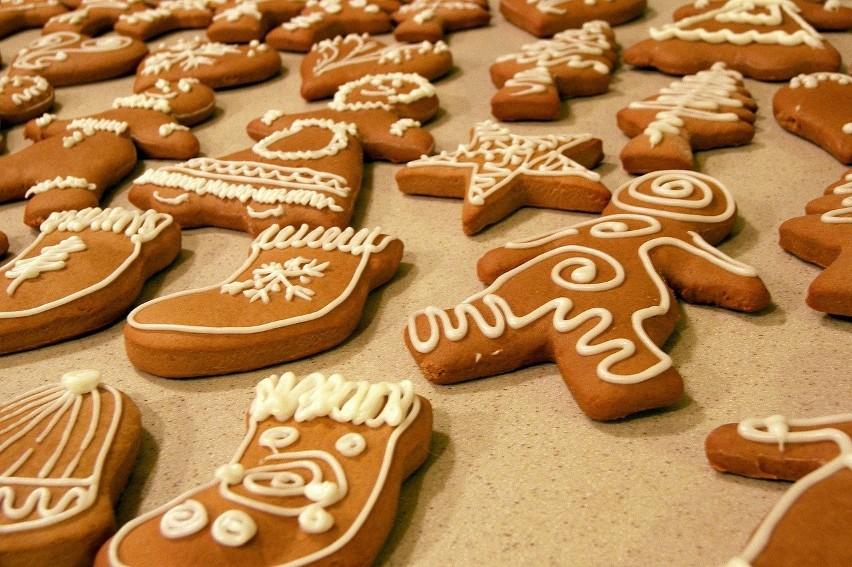 Pierniczki świąteczne Przepis Zobacz Jak Zrobić Pierniki