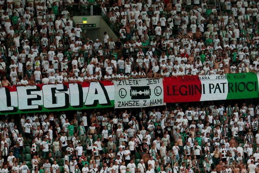 3:2 na wyjeździe, 2:0 u siebie. Legia Warszawa pomimo upału...