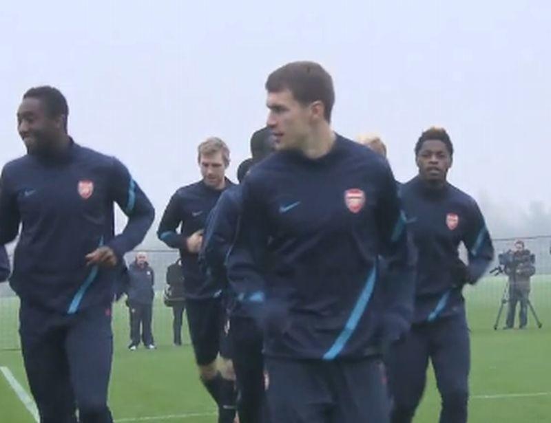 Arsenal z Wojciechem Szczęsnym zmierzy się dzisiaj z liderem ekstraklasy.