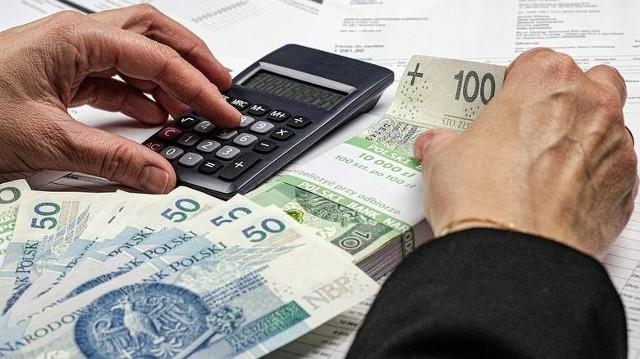 Przeciętny pożyczkobiorca ma 34 lata, a jego deklarowany dochód wynosi 3,5 tys. zł netto.