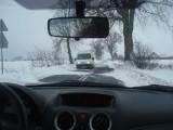 Kujawsko-Pomorskie. Uwaga kierowcy! Warunki na drogach w regionie są trudne. Lepiej zostać w domu
