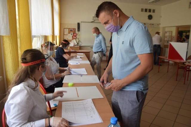 Lokale wyborcze w SP 22 w Tychach