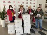 Włoszczowska Fundacja Jesteśmy Blisko wspomogła seniorów. Zobacz, kto dostał paczki z cennymi środkami [ZDJĘCIA]