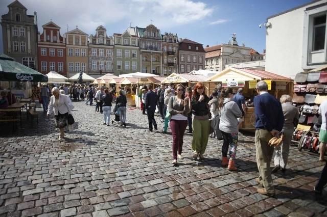 Jarmark świętojański na Starym Rynku w Poznaniu rozpoczęt