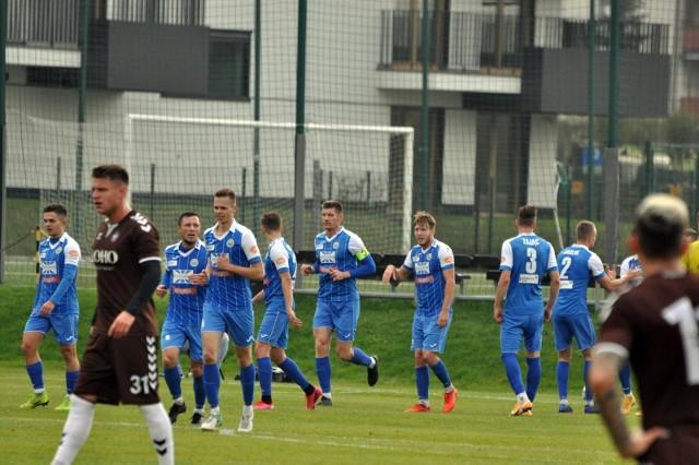 W rundzie jesiennej Hutnik przegrał z Garbarnią na jej stadionie 1:2