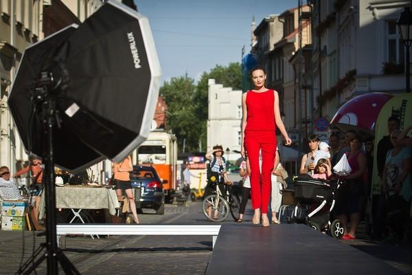 W Kłobucku moda wyjdzie na ulice, a dokładnie na rynek. Co przygotowali organizatorzy?