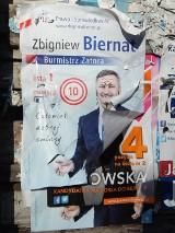 Małopolska zachodnia. Plakaty zaśmiecają nasze miasta i wsie