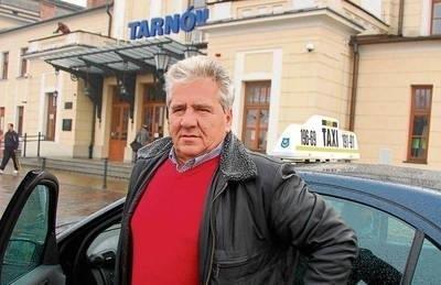 Bogdan Lipiński: - Postój przy dworcu to już żaden interes FOT. PAWEŁ CHWAŁ
