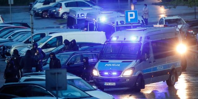 Kibice Rakowa Częstochowa przyjechali do Mielca wesprzeć swoich piłkarzy.