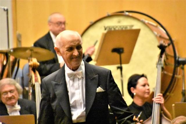 W niedzielę, 6 grudnia 2020 r. o godz. 15.00 Filharmonia Zielonogórska zaprasza na transmisję online Mikołajkowego koncertu rodzinnego