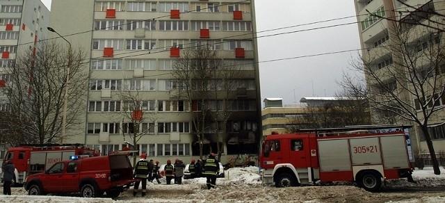 Według ekspertów to szczęście w nieszczęściu, że do eksplozji doszło tylko w jednym z bloków. Gaz dostał się bowiem do wszystkich pięciu wieżowców. Zdjęcie przesłane przez internautę - Kliknij tu, aby zobaczyć wszystkie zdjęcia Macieja