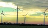 Farmy wiatrowe w gminach Sienno i Rzeczniów? Wójtowie zapewniają: nie współpracujemy w tej sprawie z żadnymi firmami