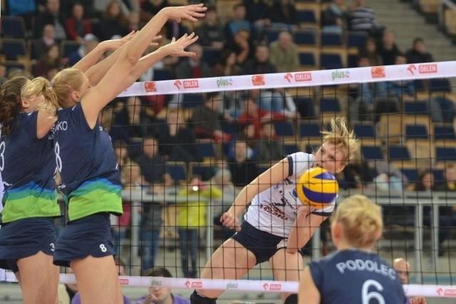 Atakuje Natalia Nuszel z Budowlanych