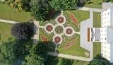 Zabytkowy park w Pelplinie odzyskuje dawny blask