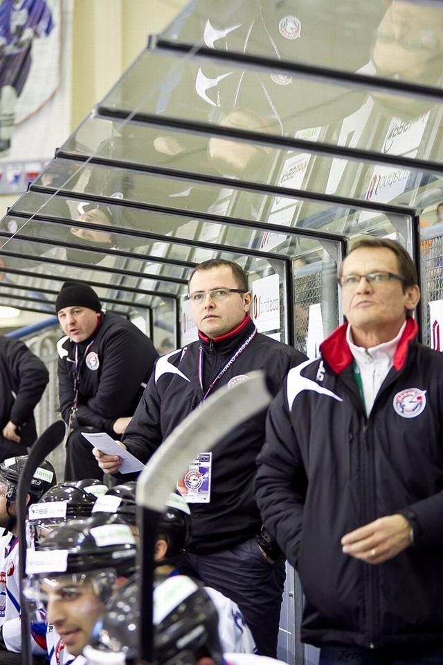 Największym sukcesem w karierze trenerskiej Miroslava Frycera (z prawej) było mistrzostwo Włoch w sezonie 1998/99 z klubem Merano.