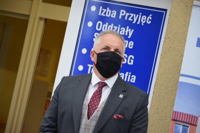 Starosta Jarosław Tadych zapewnia, że nie ma żadnej decyzji w sprawie likwidacji LO w Sępólnie