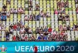 Przyszli głównie zobaczyć Roberta Lewandowskiego. Wierzą, że Polakom uda się coś zwojować na Euro 2020. Nasza sonda wśród kibiców WIDEO