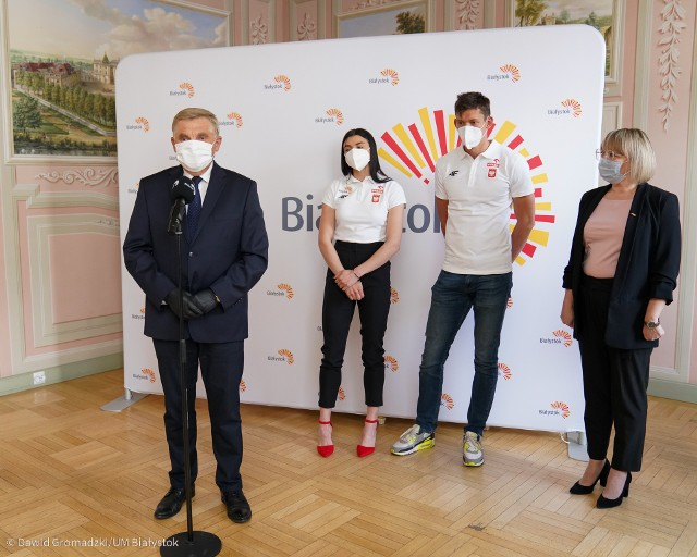 Damian Czykier i Marlena Gola byli gośćmi prezydenta Białegostoku Tadeusza Truskolaskiego