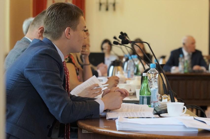 Najbliższa sesja Rady Miejskiej Inowrocławia odbędzie się 30...
