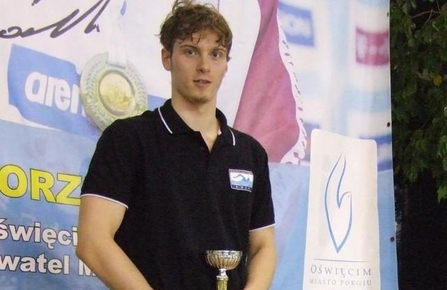 Wojciech Wojdak dwa razy stawał na najwyższym podium pływackich mistrzostw Polski w Szczecinie.