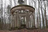 Panteon w Biesowicach. Wiemy dla kogo wybudowano ten monument [zdjęcia]