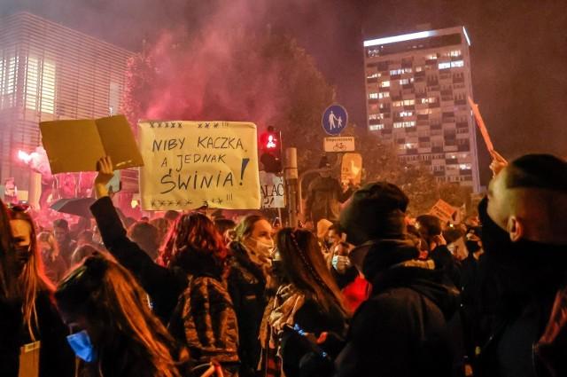 Strajk Kobiet. Co sądzą o protestach posłowie z Pomorza? Zobacz galerię