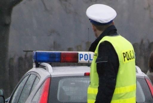 Mieszkaniec powiatu rawskiego zignorował wezwanie patrolu policyjnej drogówki do zatrzymania i podjął ucieczkę. Za to przestępstwo grozi do 5 lat więzienia.