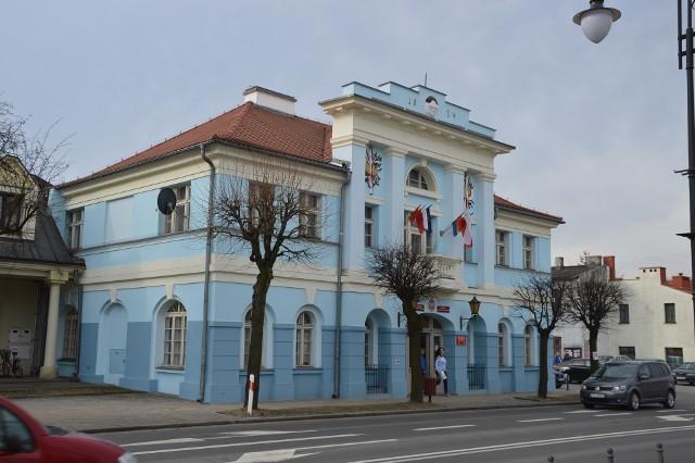 Aleksandrowski ratusz przeznaczył pół miliona złotych na wsparcie lokalnych firm.
